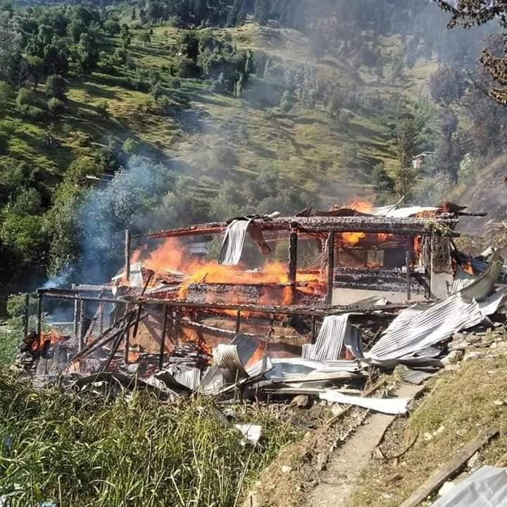 بھارتی فوج کے جانب سے ایل او سی پر بلااشتعال فائرنگ و گولہ باری