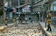کرفیو اور سخت پابندیوں کے باوجود مقبوضہ کشمیر میں روزانہ کم از کم 20احتجاجی مظاہرے ہورہے ہیں