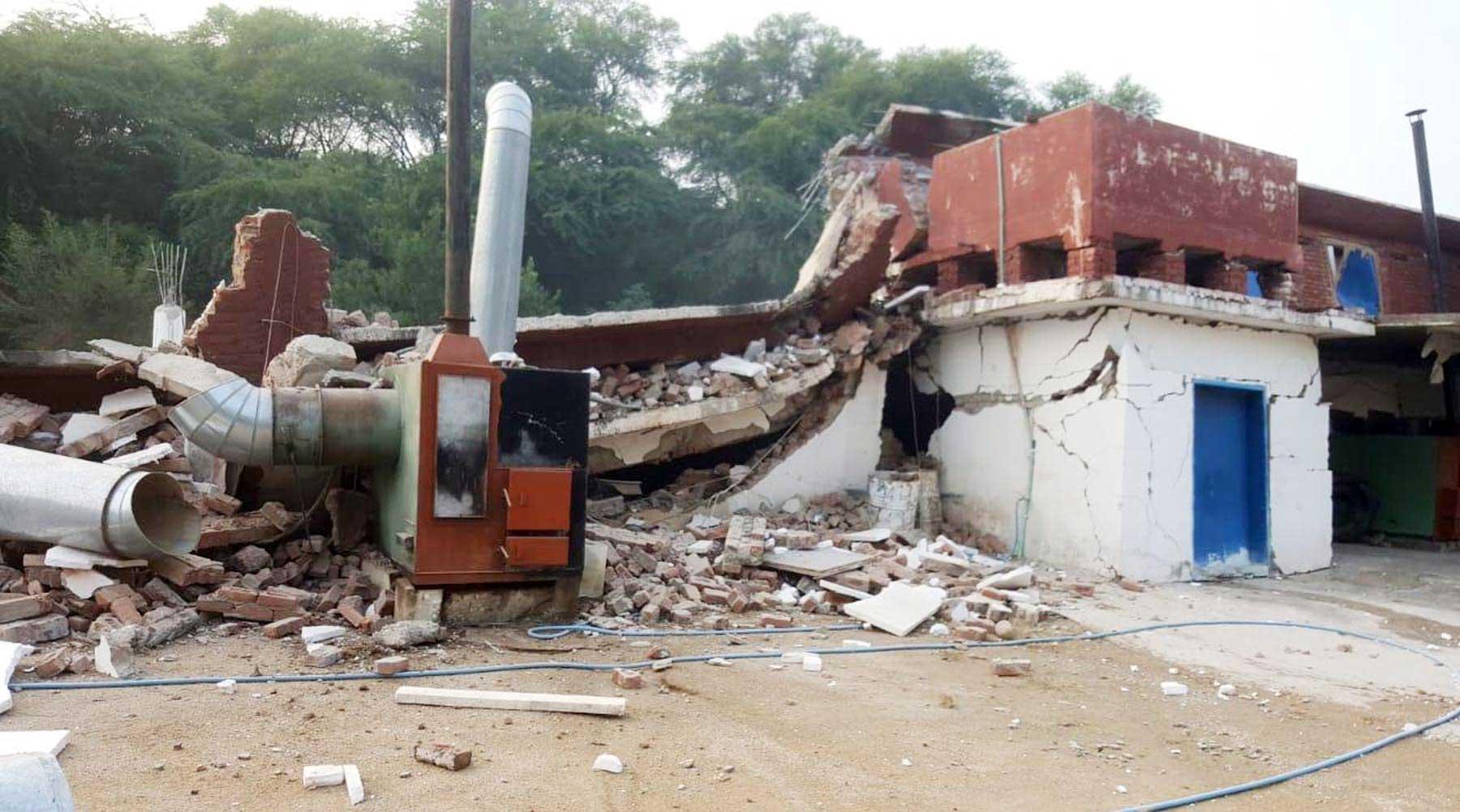 زلزلے نے درودیوار ہلا دیئے، میرپور میں تباہی، بچوں سمیت 26 جاں بحق