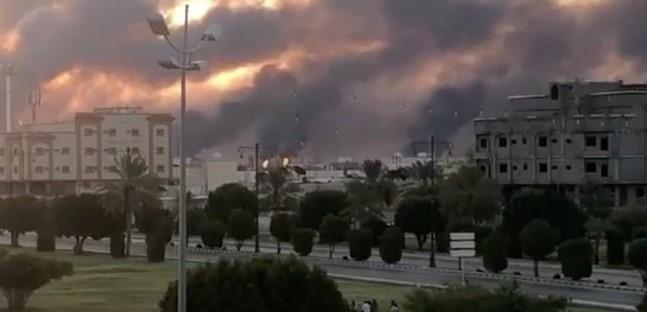 ریاض: سعودی عرب میں دو بڑی آئل فیلڈز پر ڈرون حملے کیے گئے۔