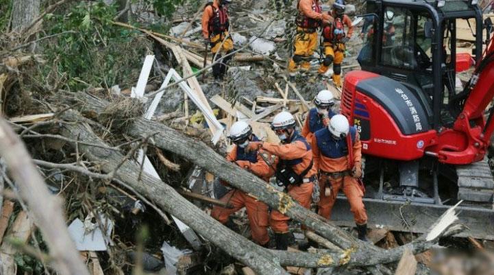 جاپان میں  طوفان نے تباہی مچادی