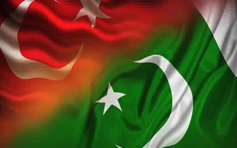 ترک صدر رجب طیب اردوان نے کہا ہے کہ مقبوضہ کشمیر میں کرفیو اور ظلم ختم کیا جائے