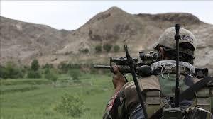 مجاہدین کے گوریلے حملے، ضلعی سربراہ سمیت 9 ہلاک