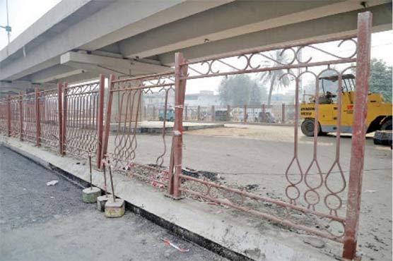 پشاور: میگا منصوبہ بی آر ٹی فنڈز کی تاخیر کے باعث سست روی کا شکار