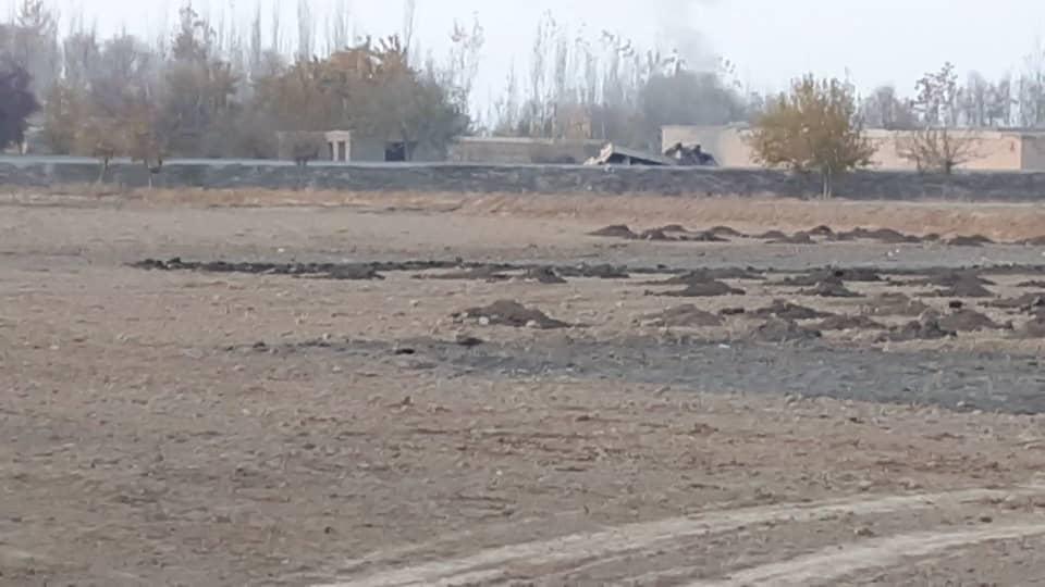 کانوائے وچوکیوں پرحملے،ٹینک گاڑیاں تباہ،14 ہلاک و زخمی
