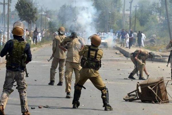 مقبوضہ کشمیر میں بھارتی دہشت گردی، نام نہاد آپریشن میں تین نوجوان شہید، پانچ گرفتار