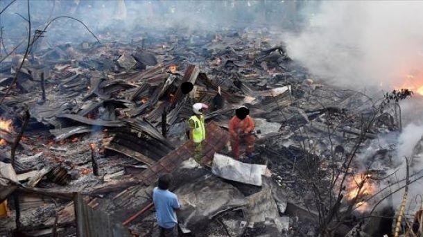 ملائشیا:  آگ لگنے سے رہائشی علاقے میں20 گھر راکھ کا ڈھیر بن گئے