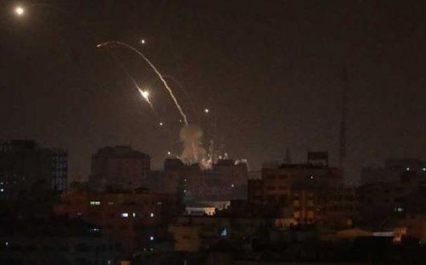 غزّہ پر اسرائیلی جنگی طیاروں کی بمباری