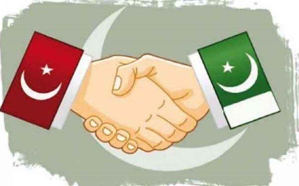 ترک صدرطیب اردوان  پاکستان پہنچ گئے،معزز مہمانوں کا پرتپاک استقبال