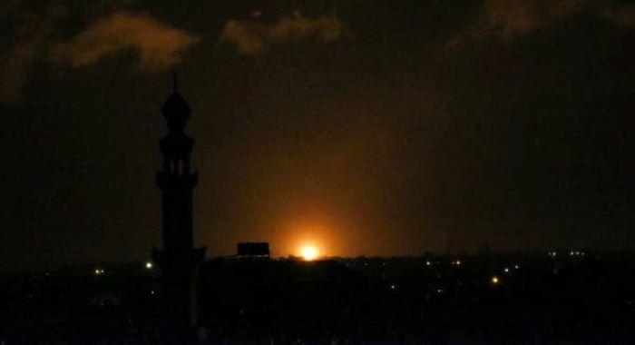اسرائیلی فوج کی غزہ میں حماس کے اہداف پر بمباری