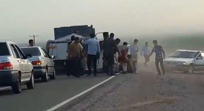 ایرانی پولیس کی وحشت ،  56 افغان پناہ گزینوں کو زندہ دریا بُرد کر دیا