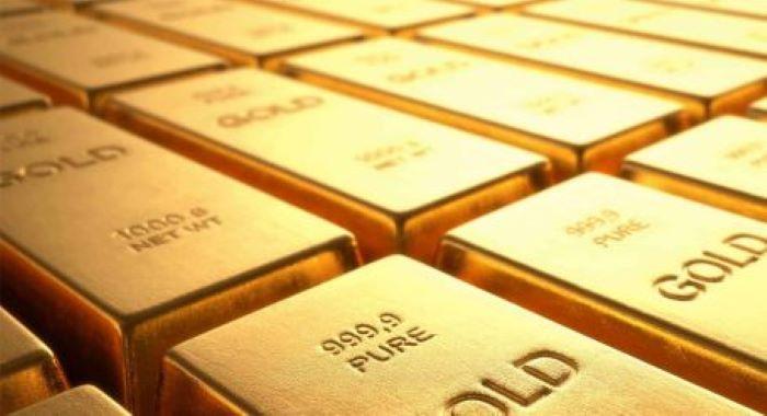 سونے کی قیمت میں 1300 روپے مزید اضافہ کے بعد فی تولہ 1 لاکھ 2 ہزار کی سطح پر پہنچ گیا