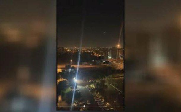 بغداد میں ایرانی وزیر خارجہ کے اُترنے سے چند گھنٹے کے بعد امریکی سفارت خانہ پر راکٹ حملہ