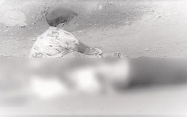 مقبوضہ کشمیر: بھارتی فوج نے سوپور میں نواسے کے سامنے نانا کو گولی مار دی