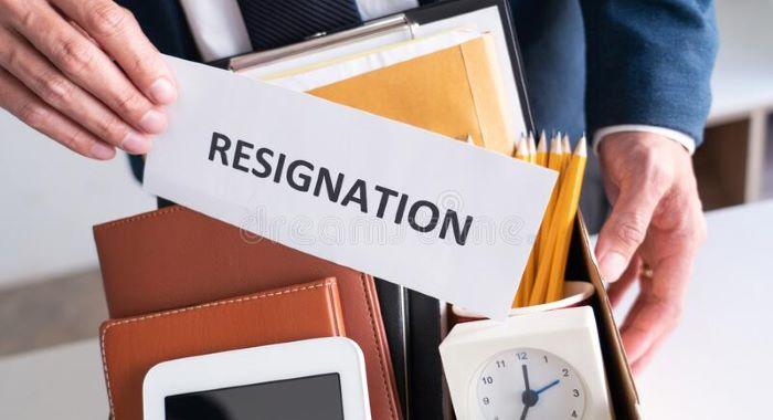 ڈاکٹر ظفر مرزا معاون خصوصی برائے صحت اور تانیہ ایدروس معاون خصوصی برائے ڈیجیٹل پاکستان مستعفی