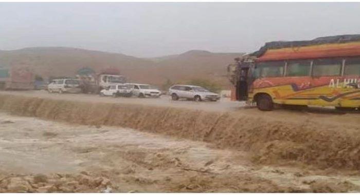 بلوچستان: بارش سے ندی نالے بپھر گئے، بولان میں قومی شاہراہ بہہ گئی
